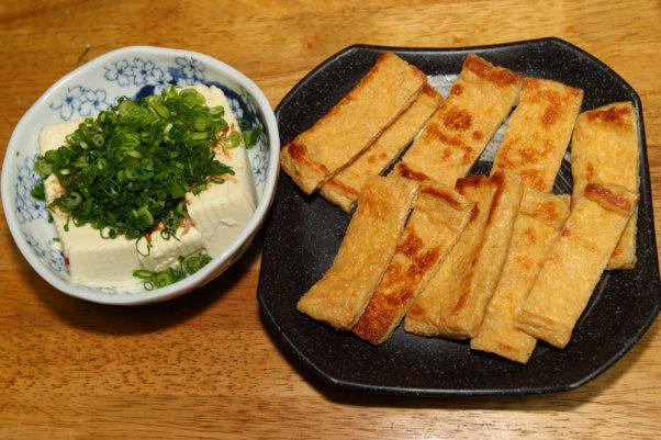 豆腐は冷奴で 揚げは焼いて醤油で