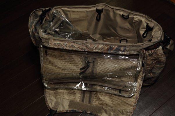 Mossy Oak 鞄 防水素材でクッション性も良い 防水性能は未知数